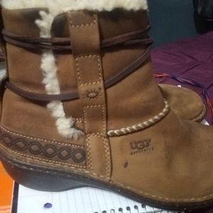 UGG Shoes - Uggs size 8